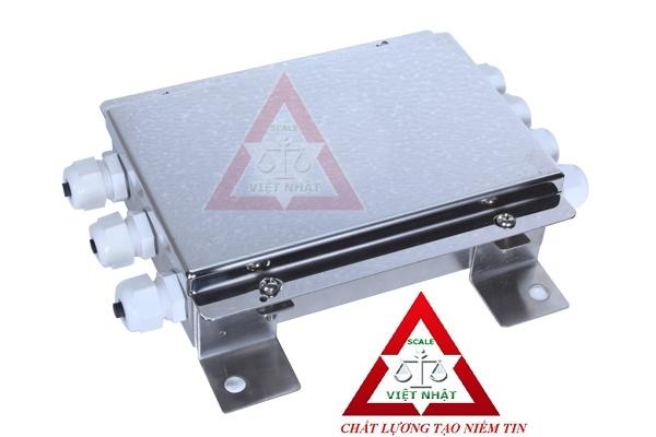 Cân sàn điện tử 5 tấn, Can san dien tu 5 tan, hop-noi-4-loadcell-can-ban_1347592671.jpg